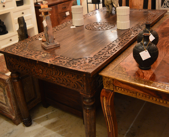 Hand Carved 6 Seater Dining Table