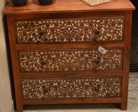 Flora Accent Furniture