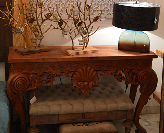 OLD CONSOLE TABLE.jpg