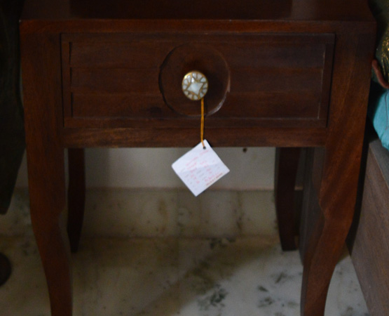 Pearl Bed Side Table