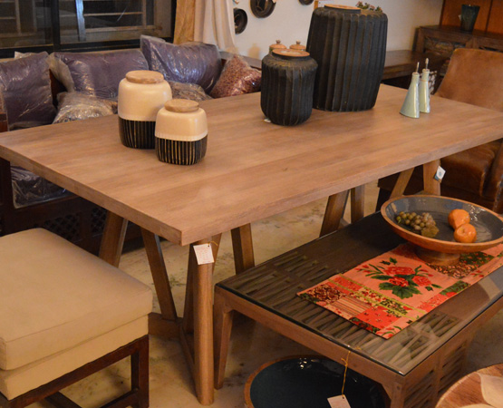 8 Seater Dining Tables in Pune
