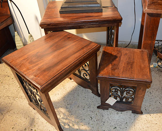 Shejhavati Nesting Table