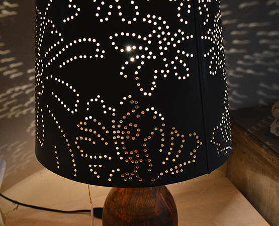 T & T Jali Lamp