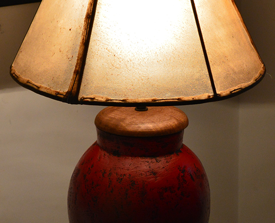 T & T Red Table Lamp