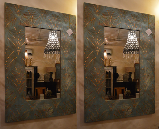 CD Wall Mounted Mirror